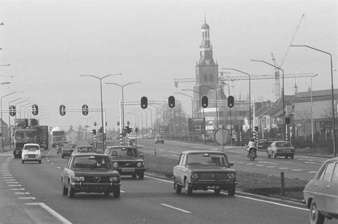Twintig jaar geleden liep de N58 nog recht door Etten-Leur heen.