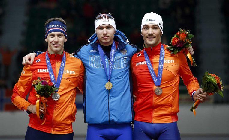 Olympisch kampioen Stefan Groothuis is op de 1000 meter voor mannen bij de wereldbekerwedstrijden schaatsen in Zuid-Korea op de tweede plaats geëindigd, gevolgd door Kjeld Nuis. Beiden moesten hun meerdere erkennen in de Rus Pavel Koelizjnikov. Beeld epa
