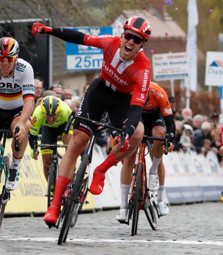 Zware val Van der Poel in finale Nokere Koerse, Bol bezorgt Sunweb eerste winst