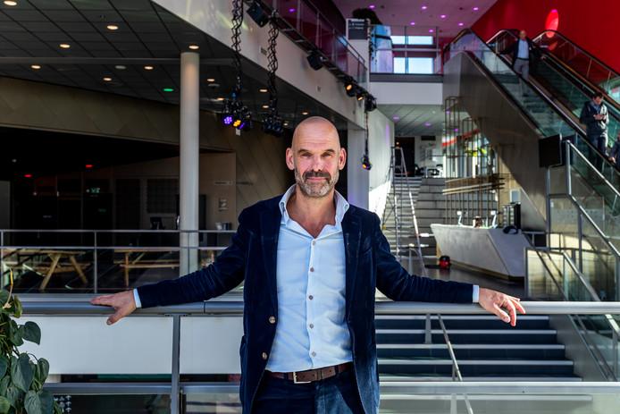 Algemeen directeur Jeroen Bartelse is trots op de vijfmiljoenste bezoeker voor TivoliVredenburg.