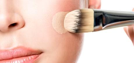 EenVandaag vindt asbest in make-up Hema: 'Niet waar, wij nemen geen risico's!'
