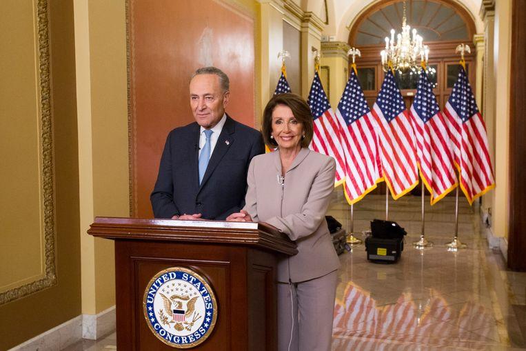 Chuck  Schumer en Nancy Pelosi dienden Trump zijn speech van repliek.