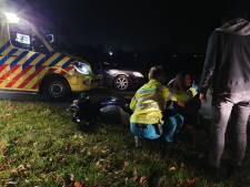 Fietser en scooterrijder gewond bij frontale botsing in Barneveld