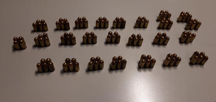 De aangetroffen munitie.