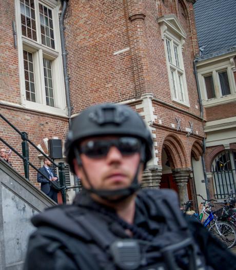 Haarlem voert beveiliging stadhuis verder op na bedreiging burgemeester