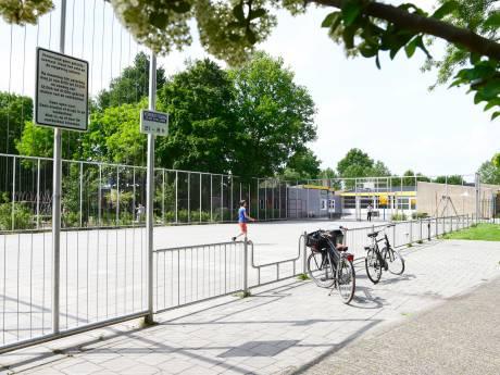 Meer en strenger handhaven tegen overlast Leerdamse voetbalkooi