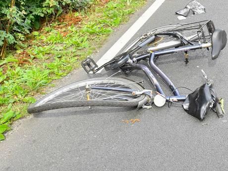Twee fietsers zwaargewond na aanrijding op Bredaseweg in Tilburg