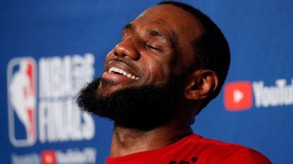 """LeBron James fantaserend na 'The Last Dance': """"Mijn beste kwaliteiten hadden perfect bij die van Jordan gepast"""""""