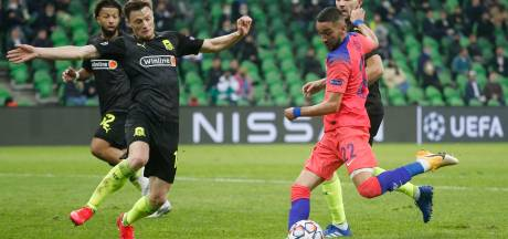 Ziyech draagt met eerste treffer bij aan ruime zege Chelsea in Rusland