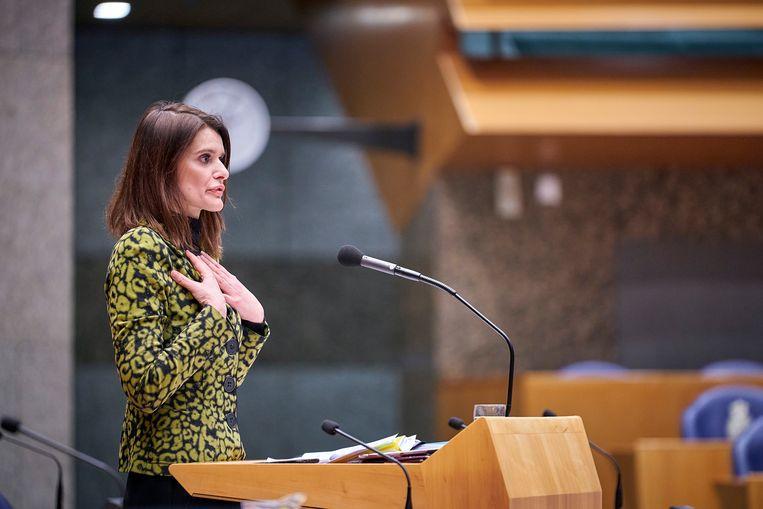 Den Haag, 20 februari 2020 - Staatssecretaris Barbara Visser van Defensie (VVD) in de Tweede kamer waar een volle publieke tribune uit zeeland het debat volgt.De staatssecretaris maakte excuses richting de Zeeuwen op de tribune.Foto: Phil Nijhuis Beeld Phil Nijhuis