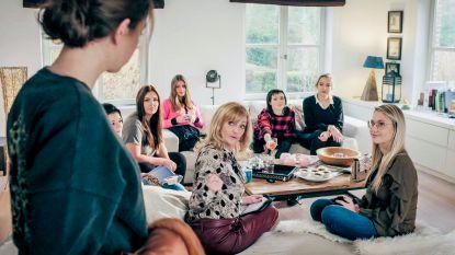 """Na Julia in 'Thuis' duikt Myriam Bronzwaar op in 'Familie': """"Ik zag het meteen zitten om escortbazin te spelen"""""""