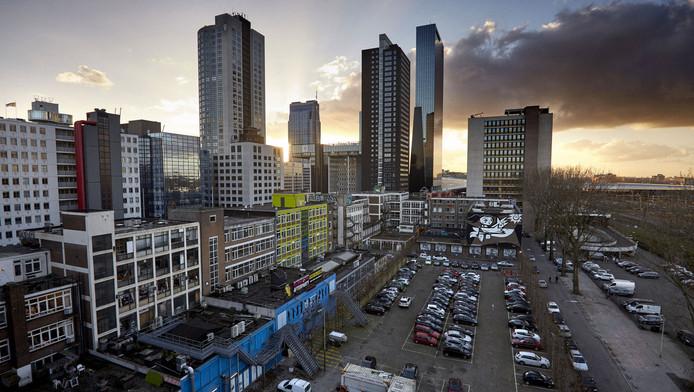 LSI zou het gebied tussen het Centraal Station en de Schiekade gaan ontwikkelen, maar dat mislukte.