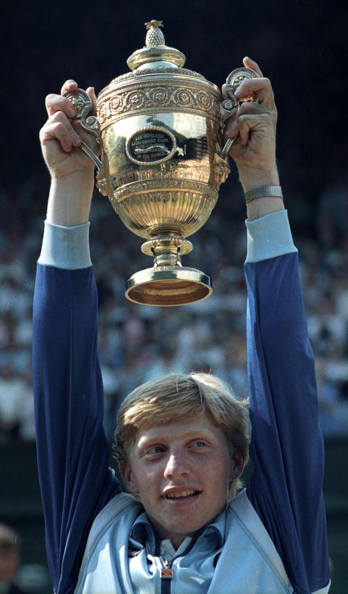 Boris Becker wil schuld aflossen met trofeeën maar weet ...