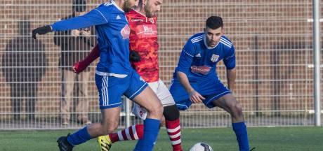 FC Suryoye loopt rood aan en eindigt duel met 7 spelers