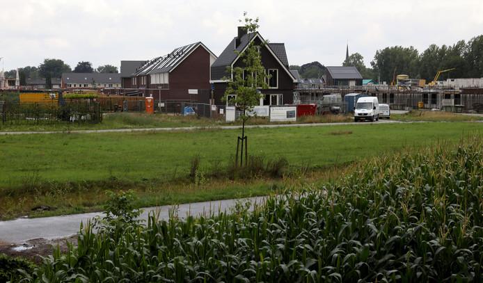 Archieffoto van de aanbouw van Lage Heide in Valkenswaard.