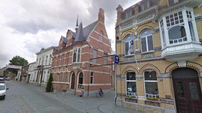 Minimale dienstverlening in gemeentehuis en bij dienst Welzijn