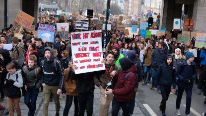 LIVE. Meer dan 32.000 spijbelende jongeren trekken door Brussel voor derde klimaatbetoging