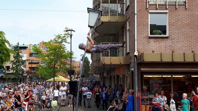 De Hellendoornse raad  gaat ervan uit dat de koopzondag ook in de toekomst regelmatig wordt gecombineerd met een publieksevenement in het centrum van Nijverdal.