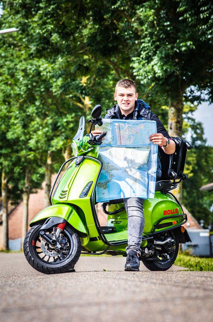 Michon heeft zijn route al uitgestippeld. De bijna 1500 kilometer legt hij grotendeels af over een fietsroute.