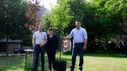 """Open Vld-fractie schenkt nieuwe vredesboom aan gemeente: """"Symboliek van 'nooit meer oorlog' levendig houden"""""""