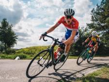 Wielrenners Baak en Kroonen gaan naar VW-Merckx