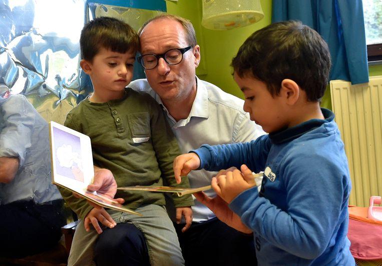 -  Bezoek van Vlaams minister van onderwijs aan de Stedelijke Basisschool De Groene Planeet in Vilvoorde.   * Ben Weyts, N-VA    ©  Philip Reynaers  / Photo News