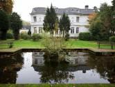 'Doorgeschoten kerstbomen' bij Villa Trianon in Breda gaan nu toch echt tegen de vlakte