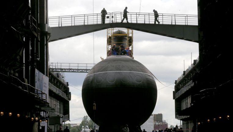 Een Russische onderzeeër in St. Petersburg (niet de onderzeeër die vlam heeft gevat). Beeld EPA