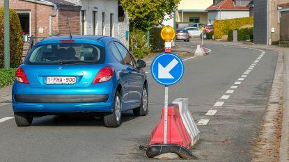 Wegversmallingen in Poelweg blijven, in Bergstraat en Rameistraat niet