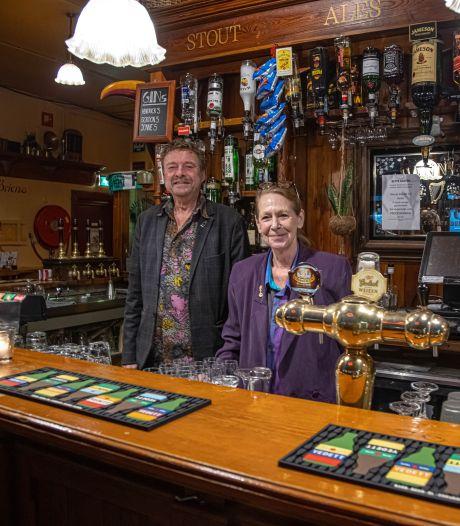 Horeca-echtpaar Fontijn zwaait af in Zwolle, met herinneringen aan De Docter, Sally's en dronken burgemeesters