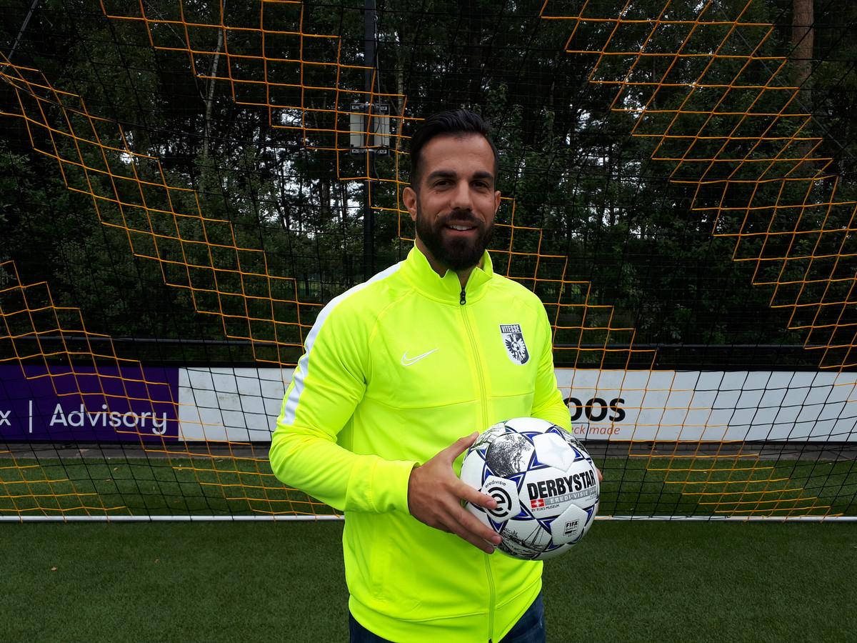 Kostas Lamprou stapt over naar Vitesse.