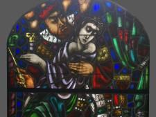 'Onzedig' raam Wiegersma krijgt plekje in kerk Deurne