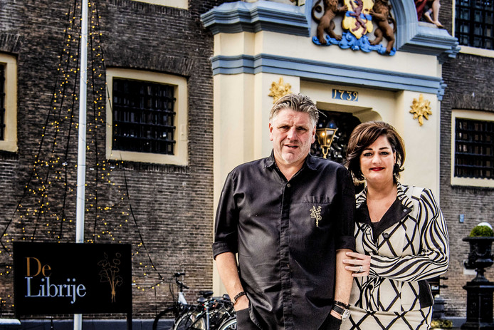 Eigenaar en chef-kok Jonnie Boer en zijn vrouw Thérèse van driesterrenrestaurant De Librije in Zwolle.