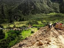 Bus meegesleurd door lawine in Colombia, alle 13 inzittenden gedood