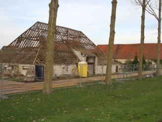 Restauratiewerken het Boerenhof in Heist gestart