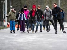 Gezellige drukte op Arnhemse ijsbaan