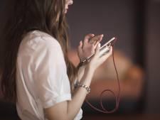 Oververhitte smartphone door warmte op vakantie? Dit doe je er tegen