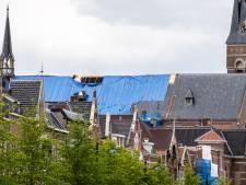 Werk op dak Heilig Hartkerk: 'Als het nodig is zijn ze aangelijnd'