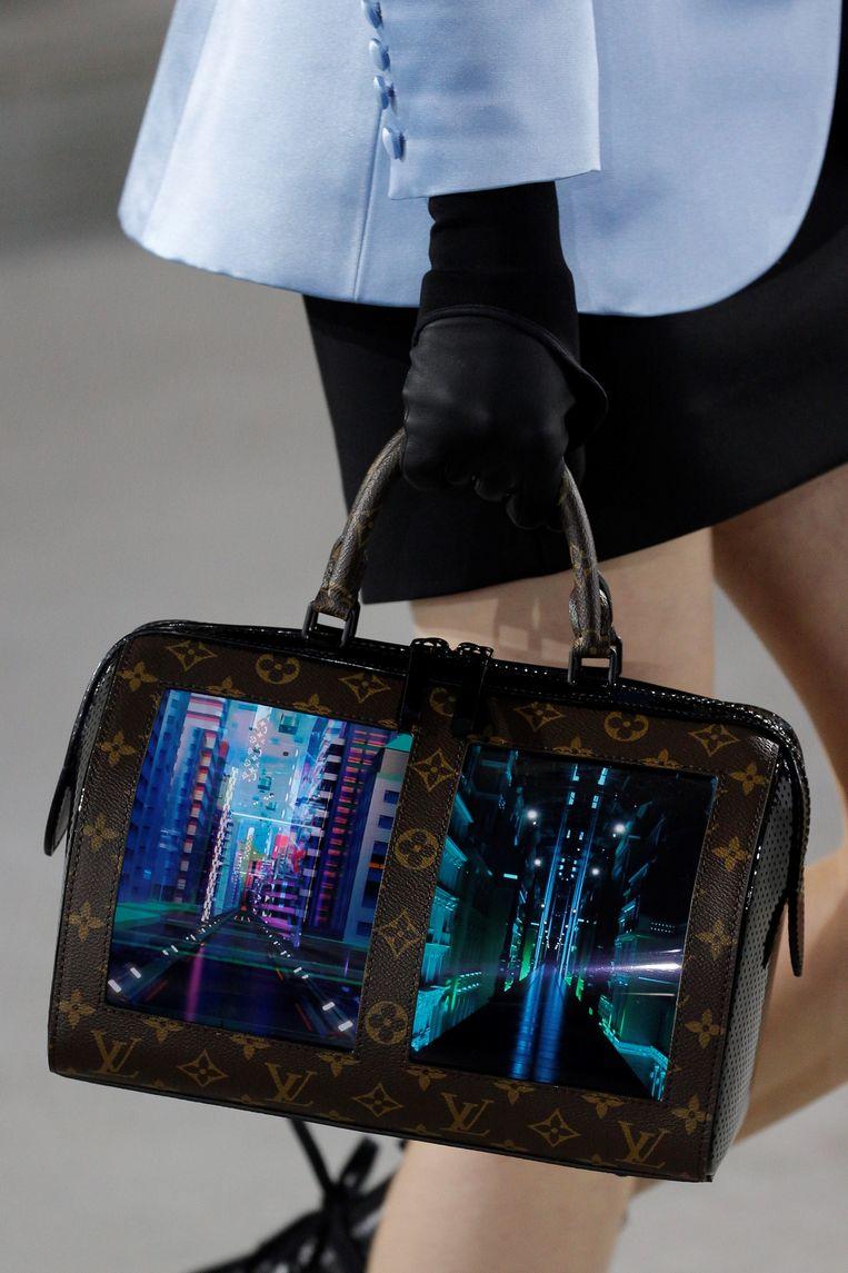 Canvas of the Future van Luis Vuitton en Royole. Beeld null