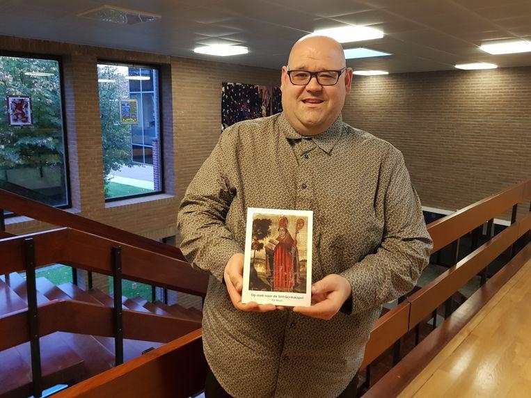 Historicus Raf Meert met de publicatie van Lewe waarin hij vertelt hoe hij één van de oudste mysteries uit de geschiedenis van Sint-Pieters-Leeuw ontrafelde.