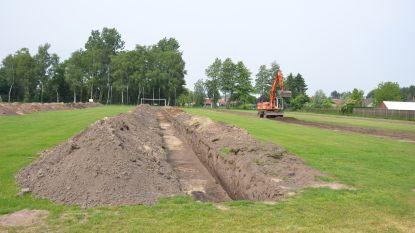 """Gemeentebestuur schrijft nieuwe aanbesteding uit voor sportsite: """"Geluidsmuren van minstens 5 meter hoog"""""""