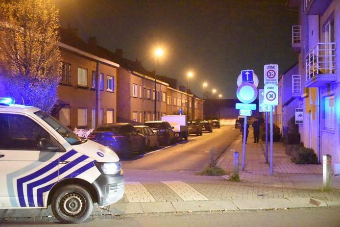 La police de la région de Vilvorde-Machelen s'est rendue sur place et a trouvé le corps du père de 58 ans au sous-sol de la maison.