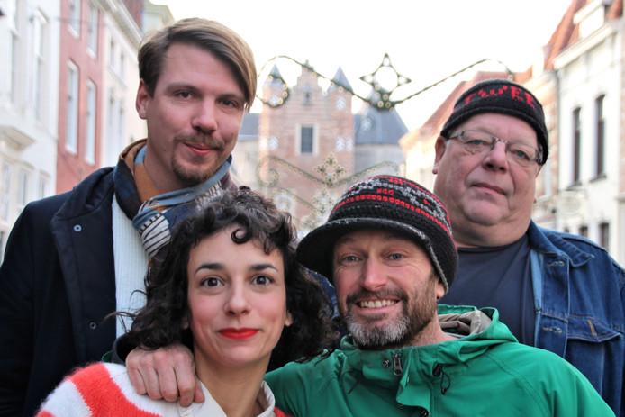 Carpoolparty - boven Max Majorana, Richard Stolz (Die Twee), onder Gabrielle le Berre en Chris van Eekelen (Les Vedettes)
