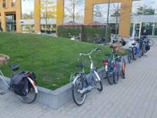 Veel meer plek voor fietsen bij Albert Schweitzer ziekenhuis in Dordt