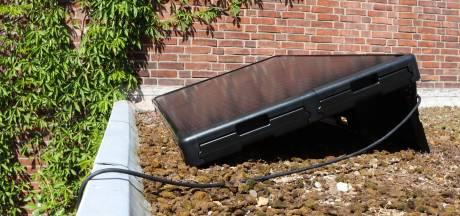Deze zonnepanelen kun je zelf installeren en de stekker stop je gewoon in het stopcontact