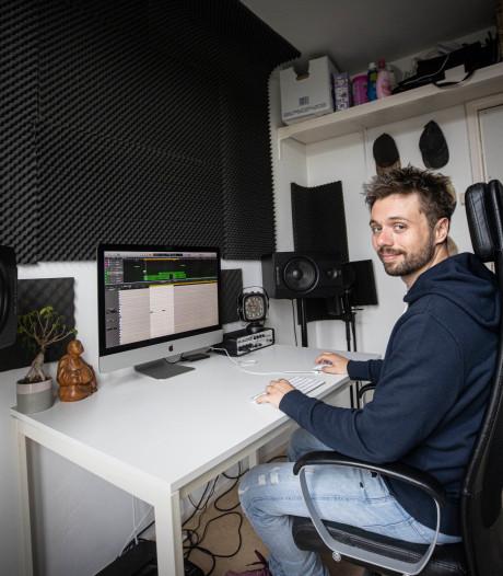 Het leven van Joost (29) draait om muziek produceren: 'Hoop ervan te kunnen leven'