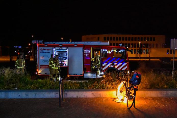 De fiets stond in brand.