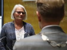 Steenwijkerlandse wethouder Tiny Bijl overleeft motie van wantrouwen
