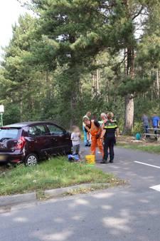Meisje met nekletsel naar ziekenhuis na ongeval in Vessem