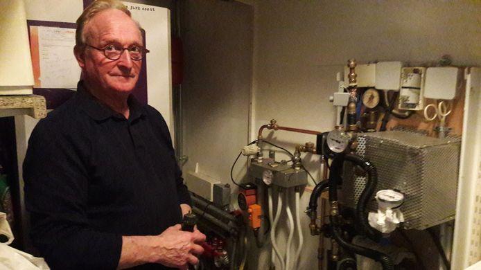 Henk Verhagen met het prototype van zijn IT Green.